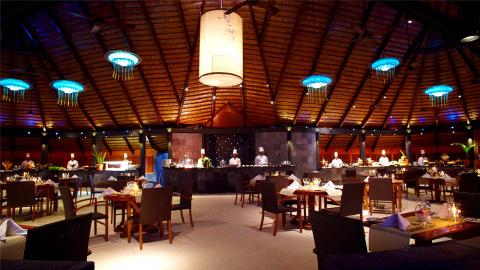 restaurant_ini